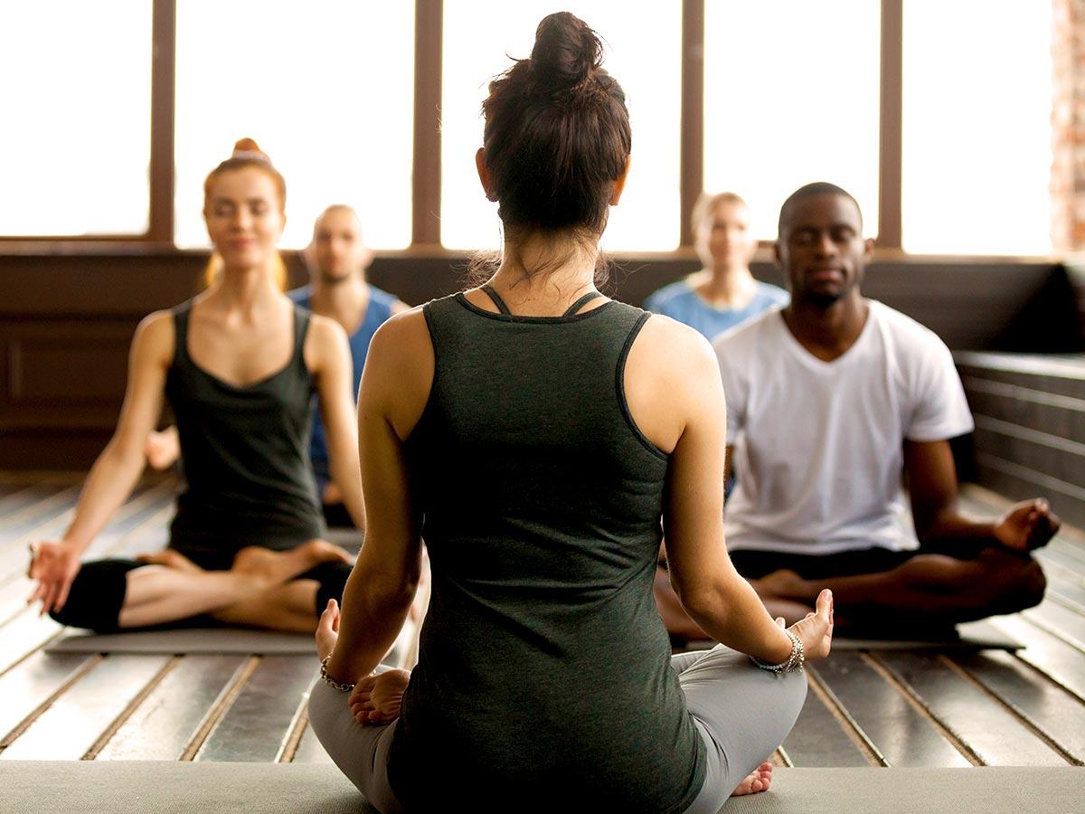 Meditação: Como ela ajuda a descansar a mente